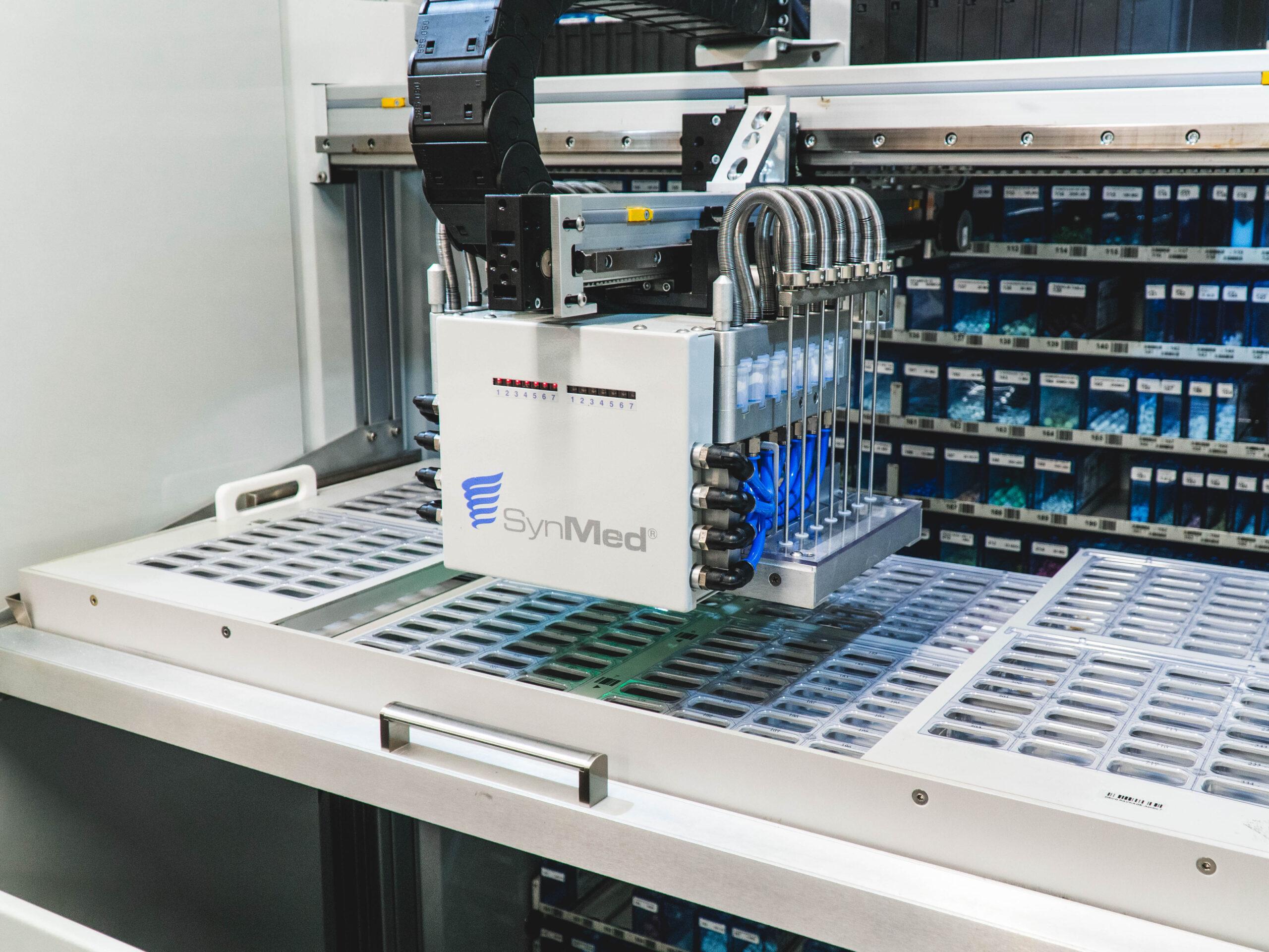high-speed, vial-filling robot